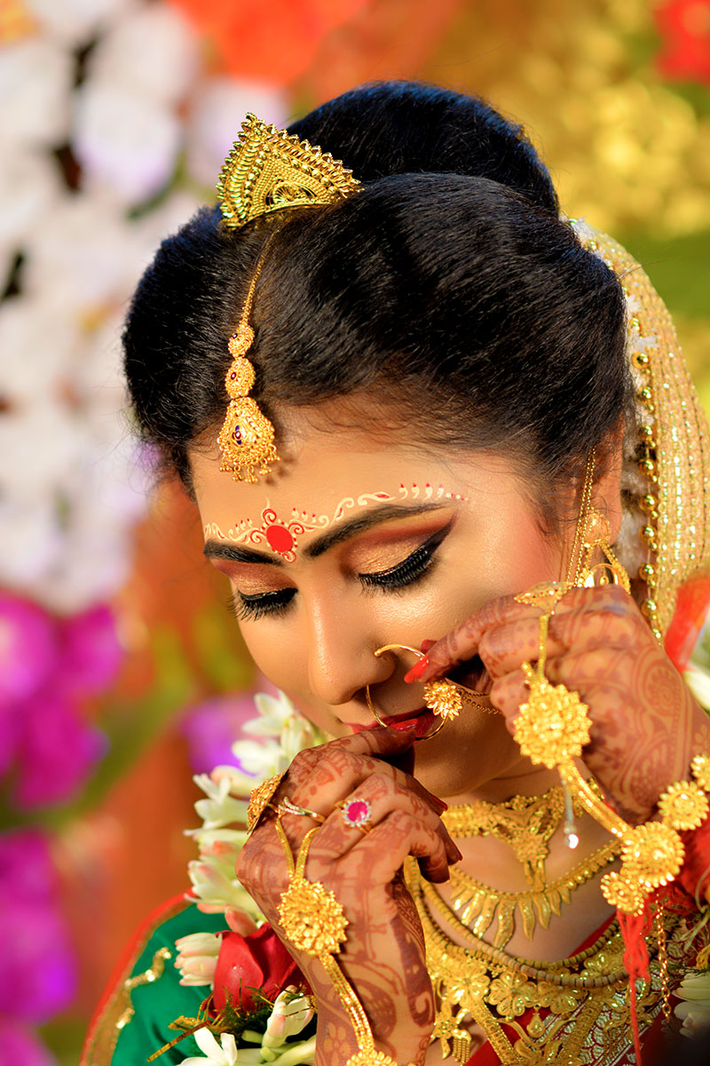 wedding bride pose by my clicks photography